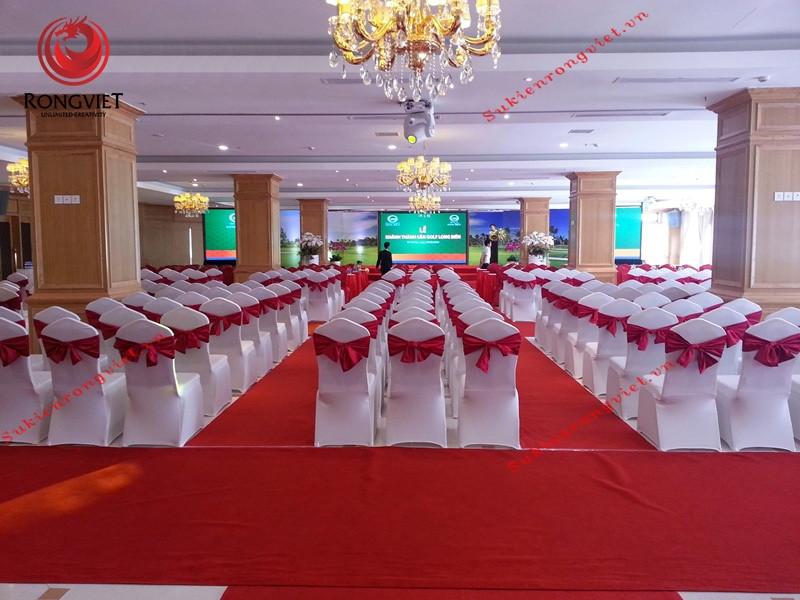 Rồng Việt chuẩn bị sẵn sàng cho sự kiện khai trương sân golf Long Biên - Công ty sự kiện Rồng Việt