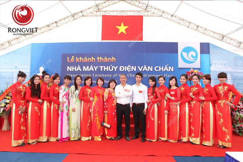 Sự kiện Rồng Việt – Đội ngũ nhân sự trẻ trung, sáng tạo và tận tâm - Công ty sự kiện Rồng Việt