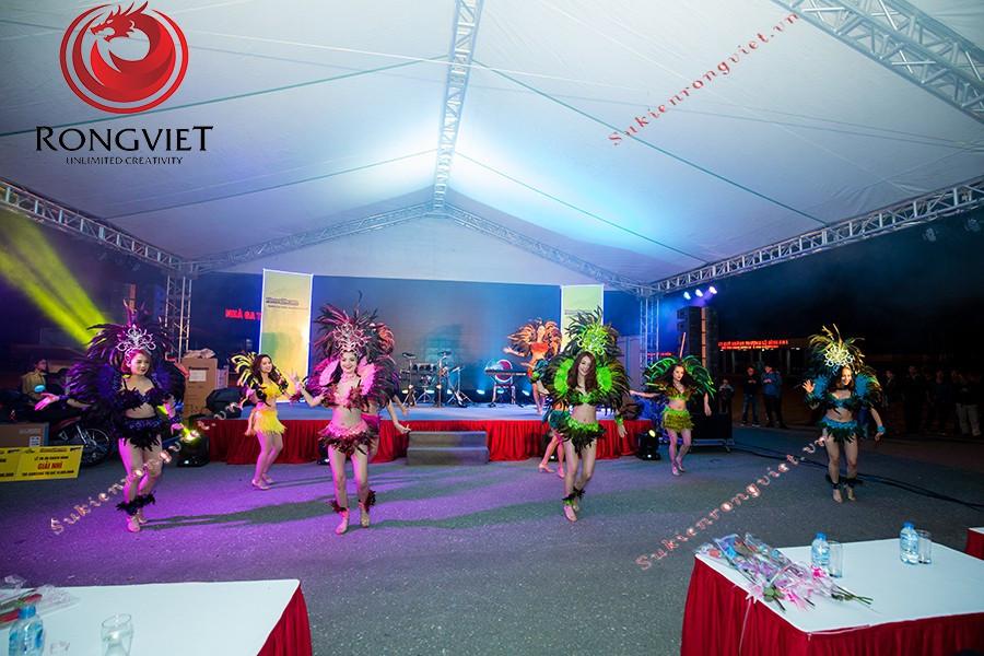 Tiết mục của vũ đoàn trong chương trình - công ty sự kiện Rồng Việt