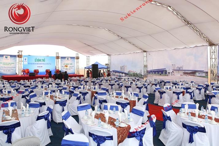 Hệ thống bàn ghế tổ chức tiệc - Lễ động thổ nhà máy thức ăn chăn nuôi De Heus - Công ty sự kiện Rồng Việt