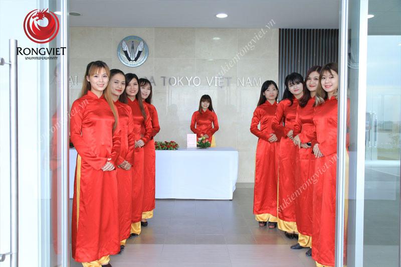 Đội ngũ PG phục vụ sự kiện lễ khánh thành - Công ty sự kiện Rồng Việt