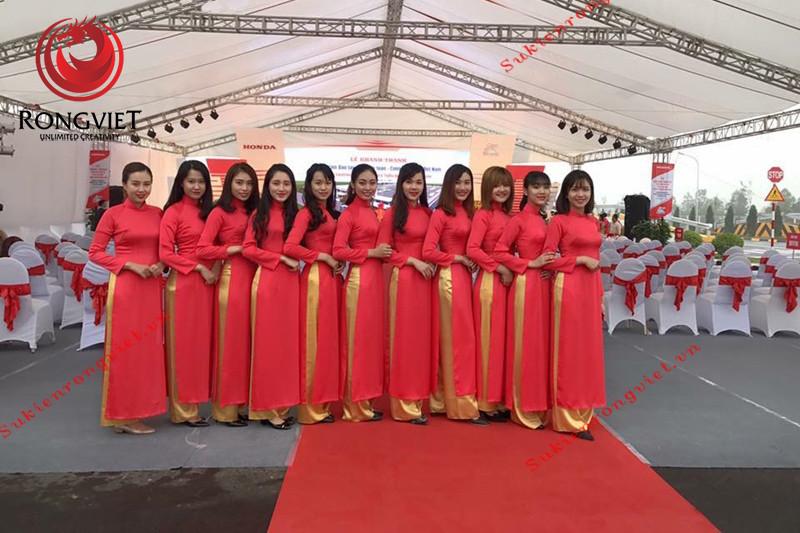 PG tại sự kiện kỷ niệm 20 năm thành lập Vicem Hoàng Mai - Công ty sự kiện Rồng Việt