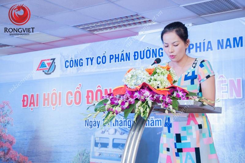 Sân khấu và bục phát biểu trong sự kiện - Công ty sự kiện Rồng Việt