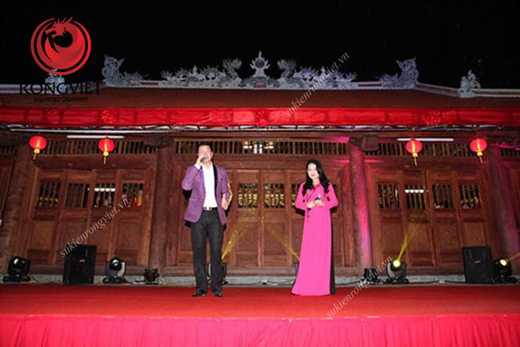 Ca sĩ Anh Thơ và ca sĩ Đăng Dương - công ty sự kiện Rồng Việt