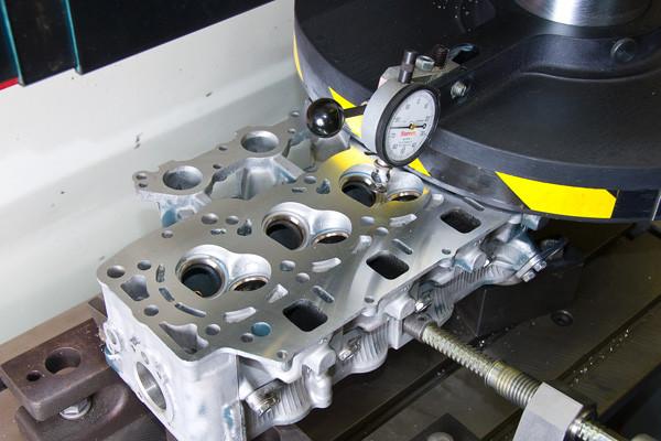Barnettes Engines Cylinder head Machine work