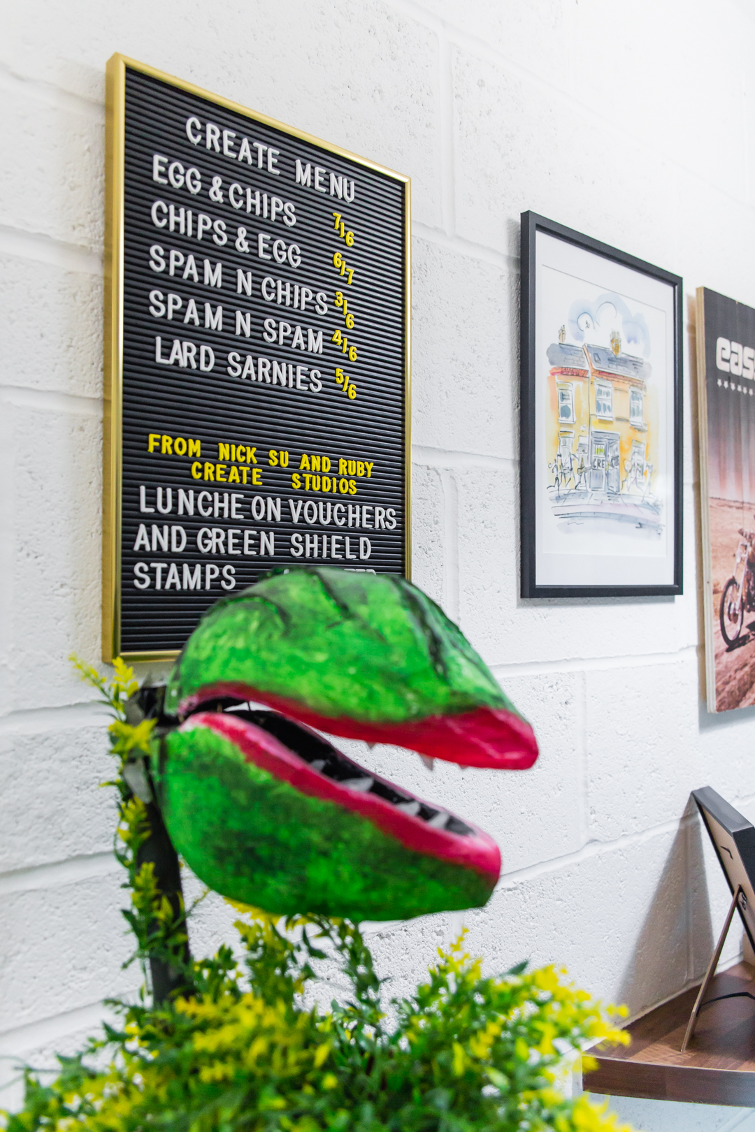 AUDREY II & MENU BOARD