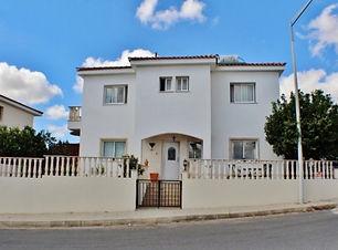 Detached villa in anarita