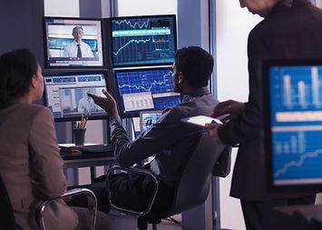 השוואת חברות למסחר עצמאי בבורסה