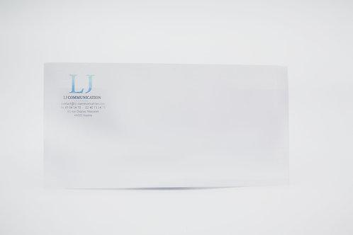 Enveloppe blanche personnalisée avec logo LJ