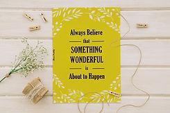 גלויה צהובה עם פרח לבן.jpg