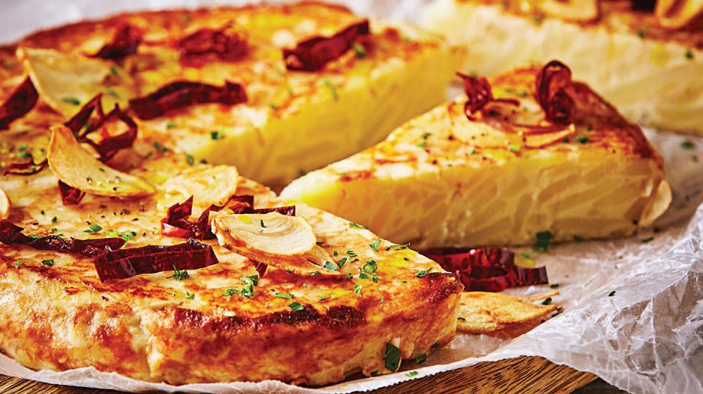tortilla-espanola-al-ajillo.jpg