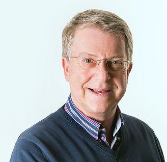 Carsten Sostmeier im Portrai, der Olympia TV-Kommentator und Modertator der Pferde im Sprinreiten, Vielseitigkeitsreiten und Dressurreiten