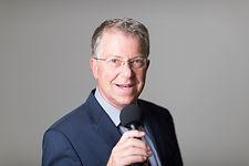 Portrait Carsten Sostmeier Reitsportkommenator Moderator ARD Sportkommentator