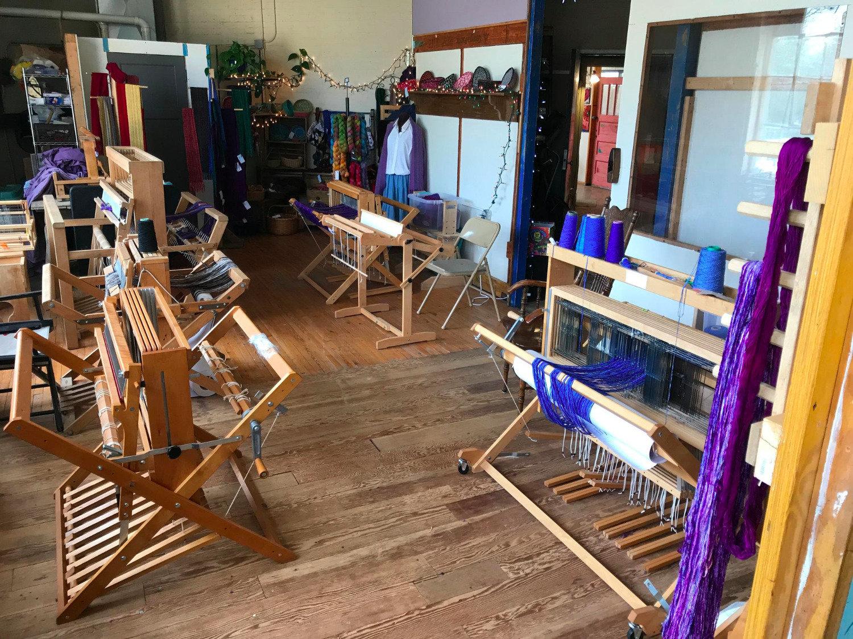 Floor Loom rental for 3 day workshop