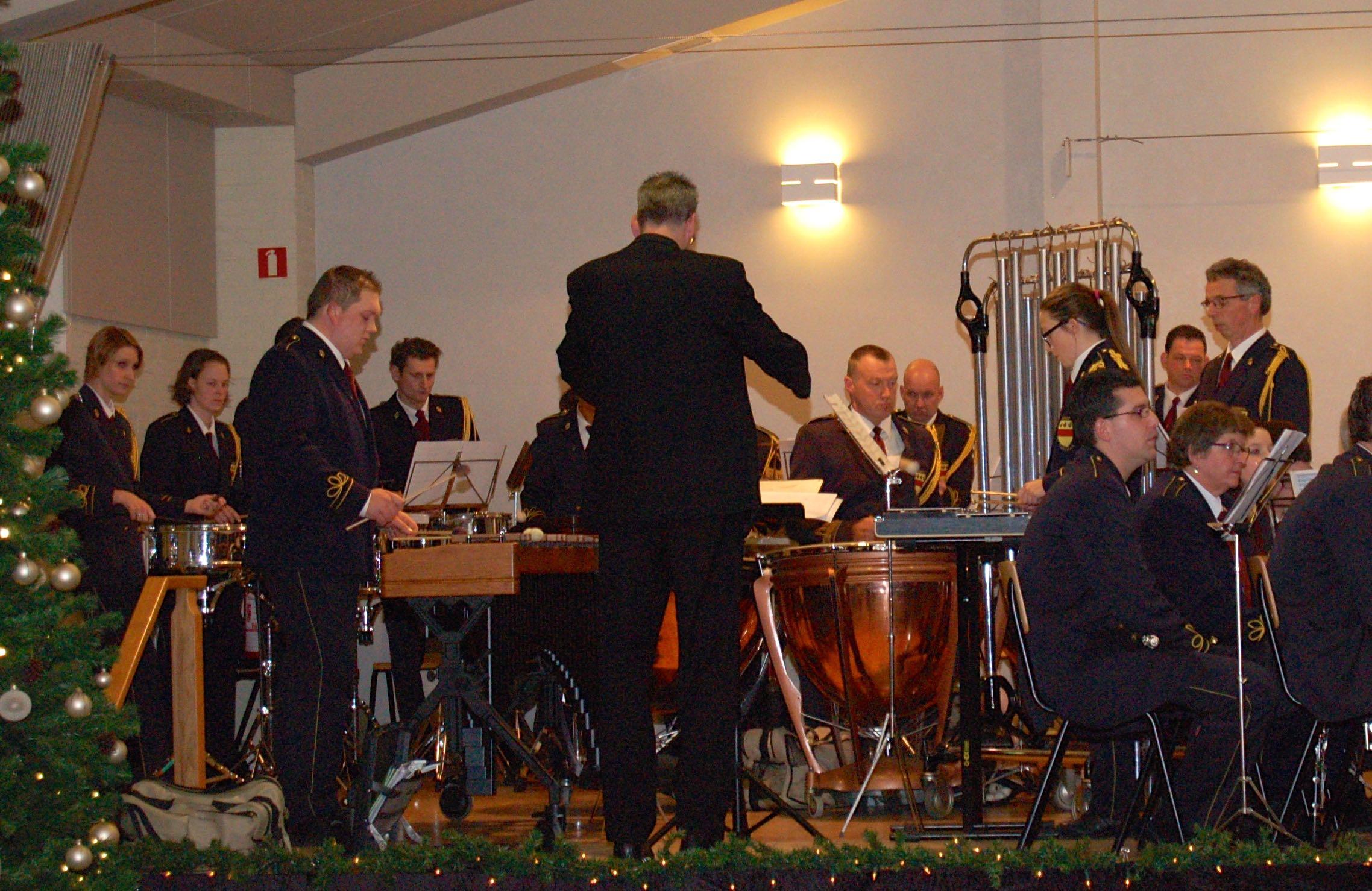 Optreden van Drumband