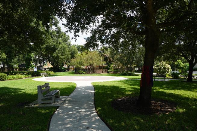 Colonialtown Square Park
