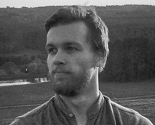 Edmundas_Kondra%C3%85%C2%A1ovas_edited.j
