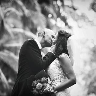wedding kiss portrait.jpg