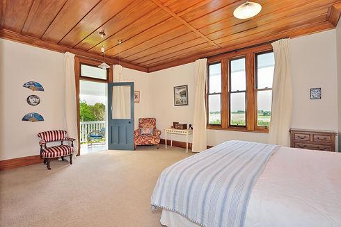 Up Master Bedroom.jpg