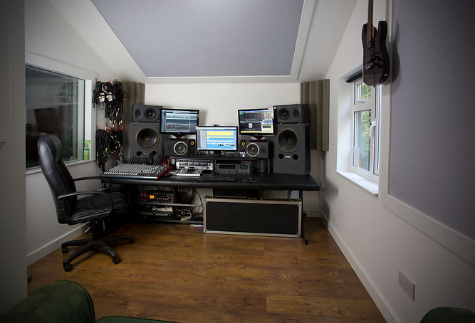 Langlei Studios, recording services, rehearsal room hire, music studios in kent, practice rooms, practice rooms in Kent, music studios,