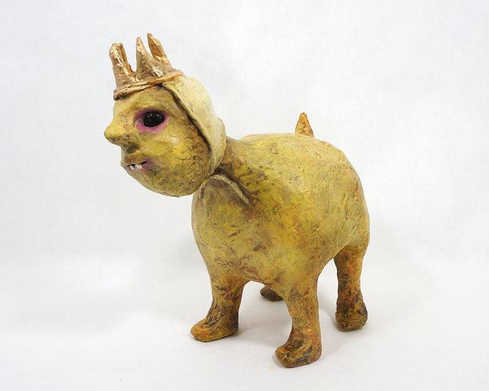Winnie the 4-legged Queen Sculpture