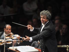 バービカン・ホール:セミヨン・ビシュコフ指揮、BBC交響楽団によるショスタコーヴィチ The Year 1957