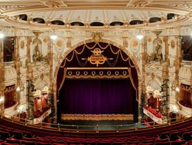 イングリッシュナショナルオペラ(ENO)の世界初ドライブイン・オペラ