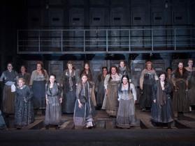 イングリッシュナショナルオペラ(ENO)の『切り裂きジャック:ホワイトチャペルの女たち』