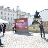 Photo London 2019: サマーセット・ハウスにてフォト・ロンドン展覧会