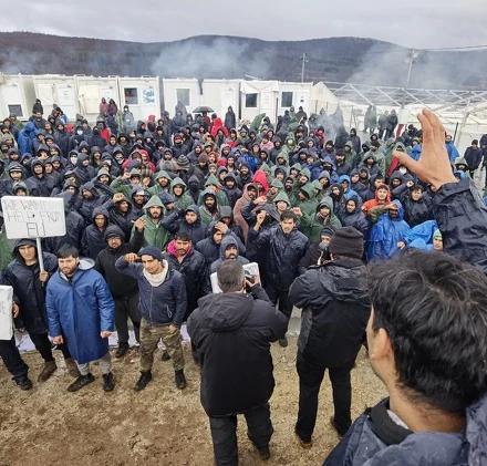 Protest migranata tokom posjete Cikotića: Ne želimo hranu, želimo slobodu i pomoć EU