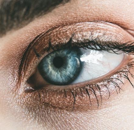 Boja očiju odaje karakter