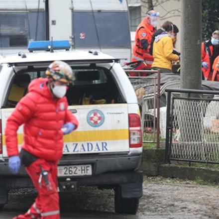 Nova žrtva u Petrinji: Volonter pao s krova i poginuo