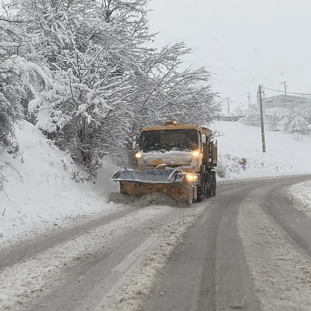 Upozorenje vozačima: Zbog niskih temperatura moguća poledica na svim putnim pravcima u BiH