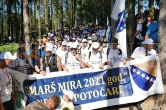 Marš mira iz Nezuka krenuo prema Potočarima