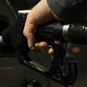 Cijene nafte pale drugu sedmicu zaredom, više od 2,5 posto