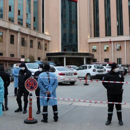 Turska: U požaru nakon eksplozije respiratora smrtno stradalo osam pacijenata