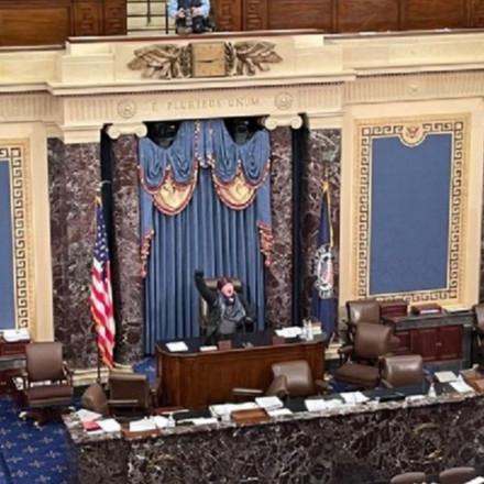 """Pucnjava u Kongresu, jedna osoba ranjena: """"Ovo je pokušaj državnog udara"""""""