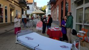 """""""Menschen vor Profite!"""" - Straßenaktion in Bad Nauheim und in Erbach am 6. Oktober 2018"""