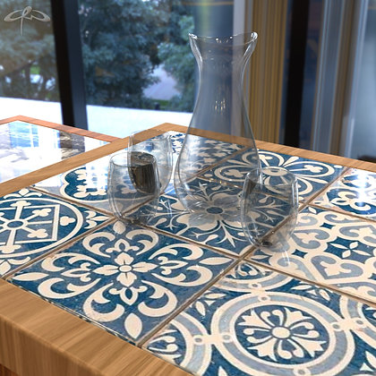 90cm x 90cm table with tiles