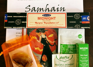 Samhain Gift Boxes now available! Treat yourself this Halloween.
