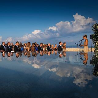 Wedding celebrant Claudia Nagyivan photo
