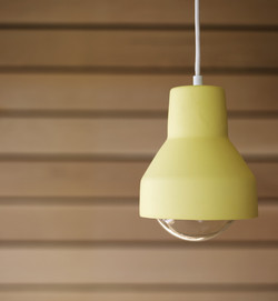 Mud Licht Yellow with Globe Light Bulbs_