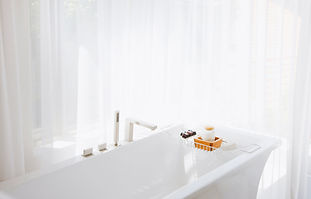 ホワイトバスルーム