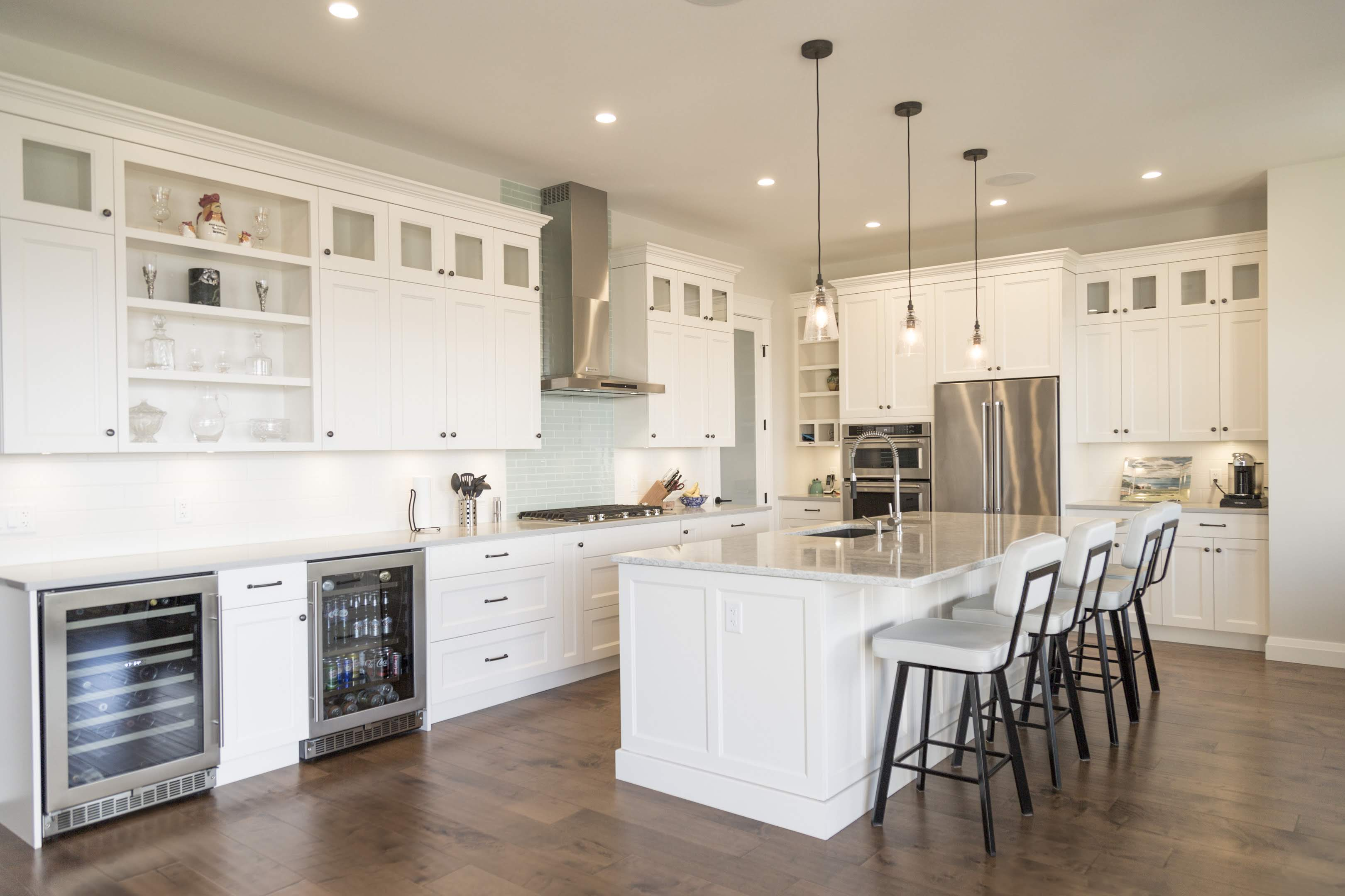 White kitchen with islandbuilt by Impact Builders