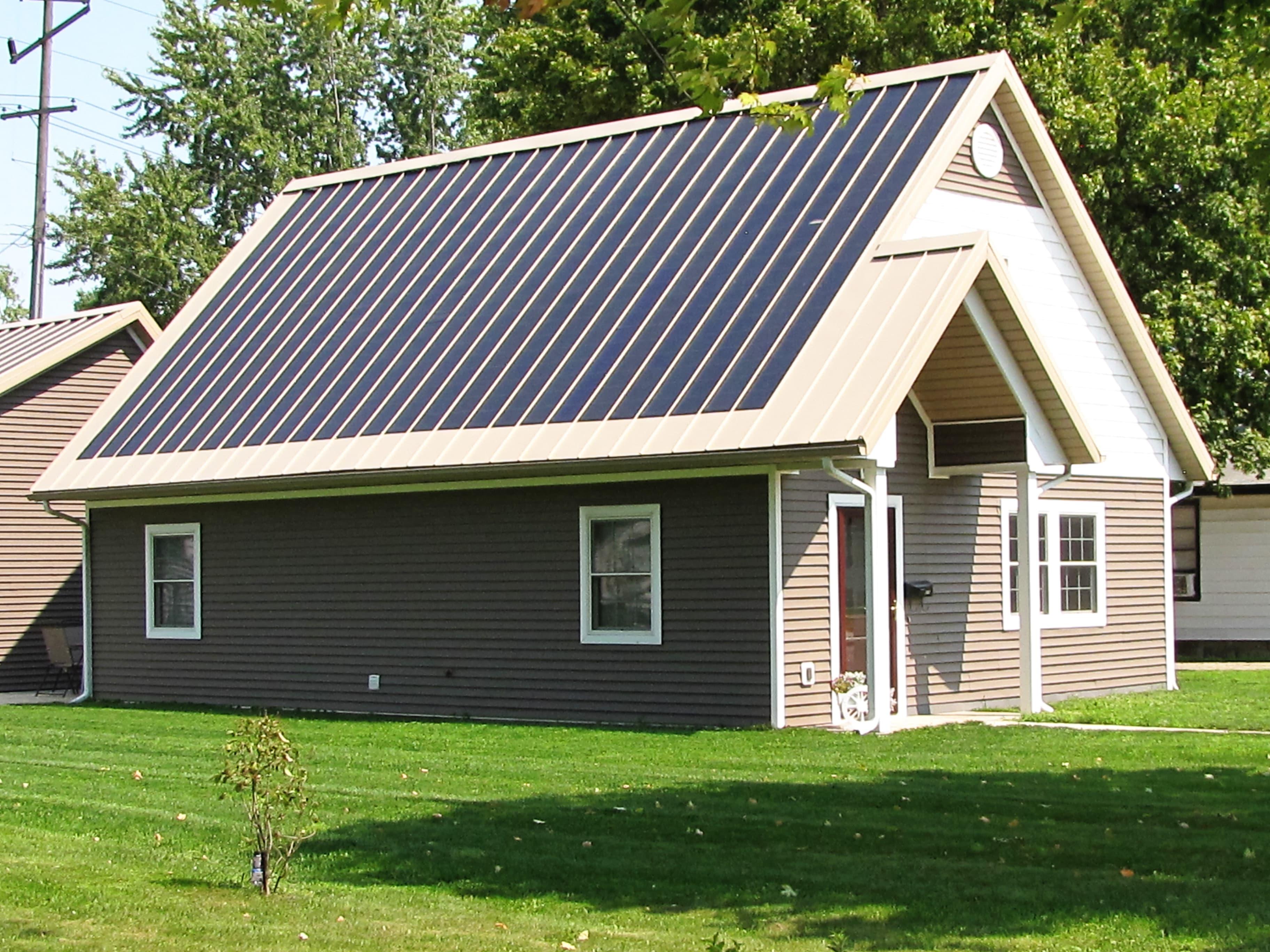 zero-energy-home-solar-panels