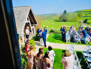 VENUE SPOTLIGHT - Celebrating 3 Years At Kingscote Barn