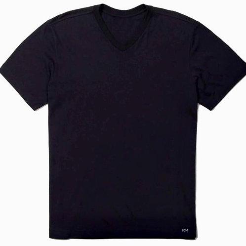Camiseta Preta - Gola V