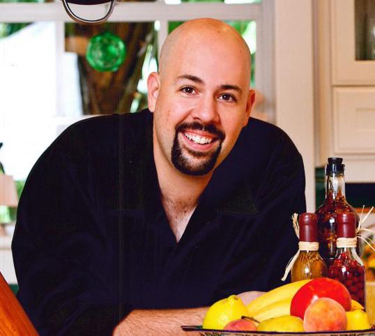 Victor Legaretta - Director