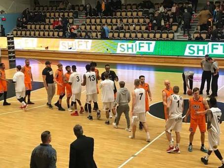 Umeå fortsätter att vinna på hemmaplan