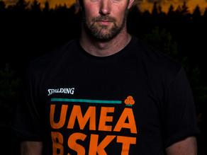 Het match efter uppehåll för Umeå
